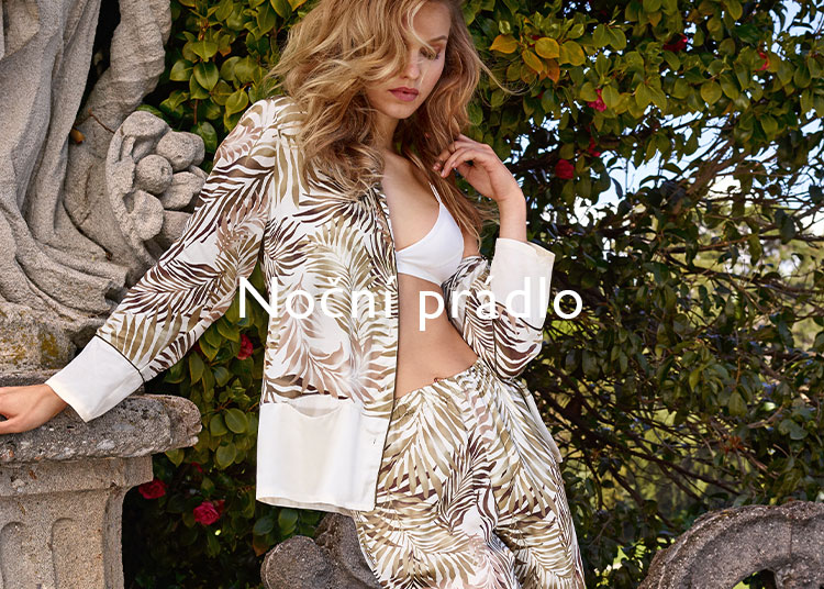woman nightwear